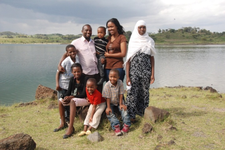 The Extended Temba Family, 2011 (minus Gabriella, now 9 months)